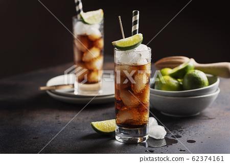 Alcoholic cocktail cuba libre 62374161