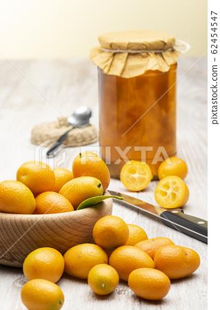 Kumquat fruit 62454547