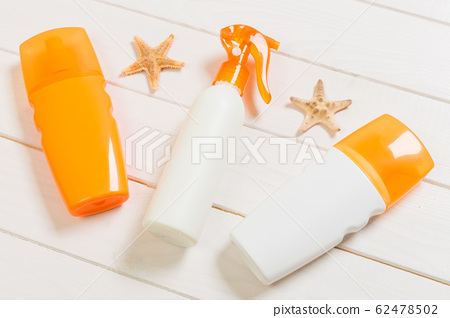 flat lay concept summer travel vacation. Sunscreen 62478502