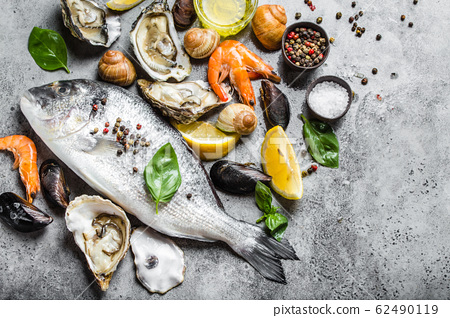 Seafood fresh assortment 62490119