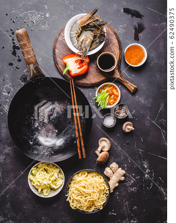 Asian food cooking concept 62490375