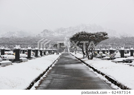 Incheon Municipal Cemetery 62497314