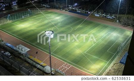 足球場與小夜燈 62538631