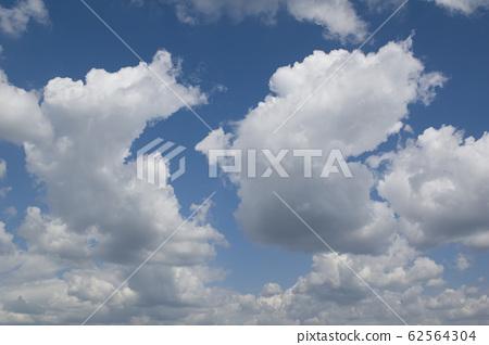 leaden clouds 62564304