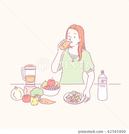 Lady drinking healthy juice 62565800