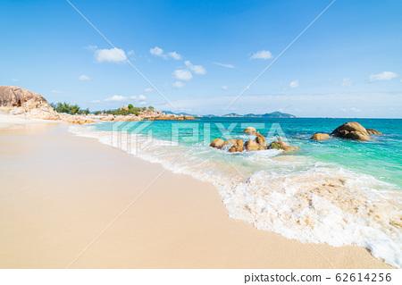 Gorgeous tropical beach turquoise transparent 62614256