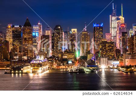 """哈密頓公園的""""紐約""""曼哈頓夜景 62614634"""