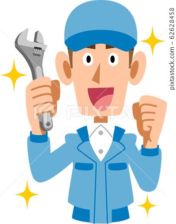 用扳手的藍色工作服的男人 62628458