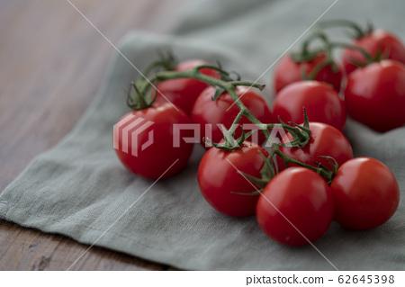Midi番茄 62645398