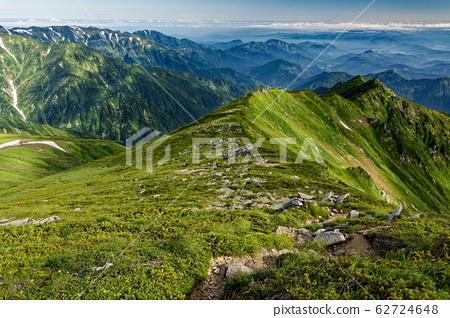 從飯出本山看到的大格拉嶺和北嶺線 62724648