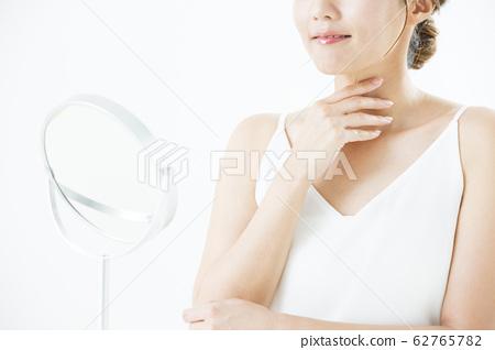 뷰티 미용 이미지 여성 젊은 여성 62765782