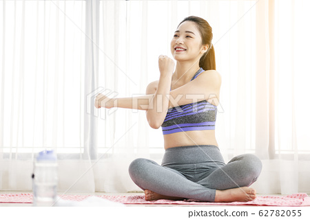 Women sports wear yoga 62782055