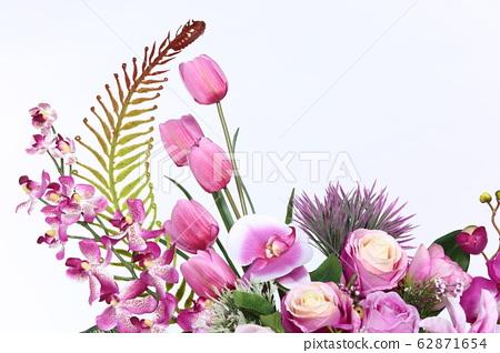 Bouquet of Purple many kind of flower on roman 62871654