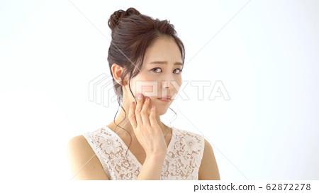 Female skin care image 62872278