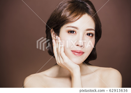 closeup young beauty face with  clean skin 62913636