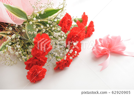카네이션 꽃다발 62920905