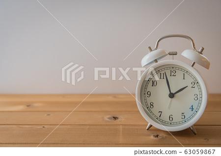 clock 63059867
