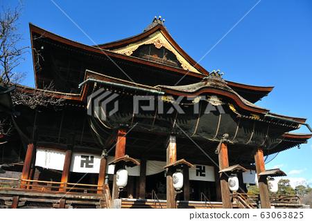 The main hall of Zenko-ji Temple 63063825