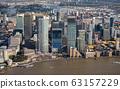 倫敦新金融區金絲雀碼頭的摩天大樓 63157229