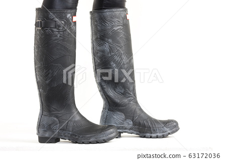 ladies modern black-gray patterned boots 63172036