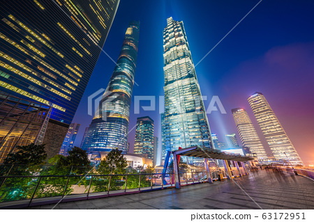 Night view of city skyscrapers 63172951