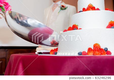 결혼식 웨딩 케이크 63246296