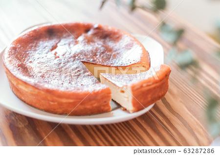 Homemade cheesecake 63287286