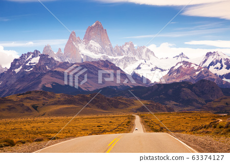 Views from highway at peaks of Andes 63374127