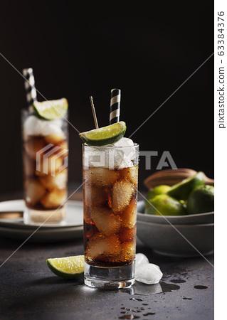 Alcoholic cocktail cuba libre 63384376
