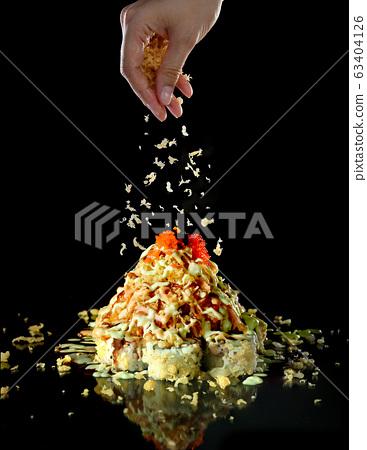 Japanese food maki roll 63404126