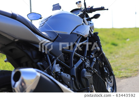 motorcycle 63443592