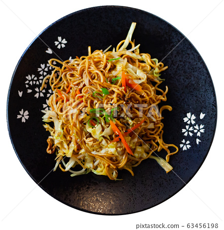 Japanise style noodles with vegetables yakisoba beautifully serv 63456198