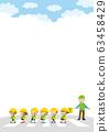 引導交通和可愛的幼兒園兒童穿越人行橫道的綠色叔叔 63458429