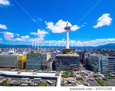 교토 타워와 상가 63552500