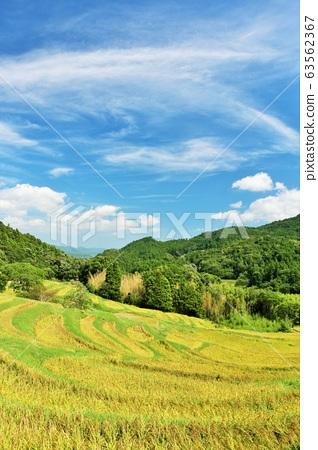 千葉縣秋天的藍天和大山千ma田 63562367