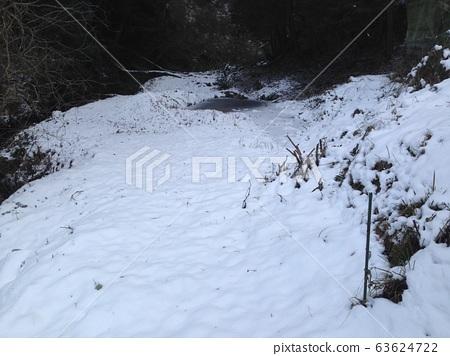 겨울 산 63624722