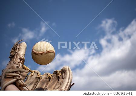 當你接球的那一刻 63691941