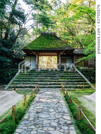 Honen-in Temple traditional architecture in Kyoto, Japan 63700876