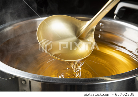 Soup stock 63702539