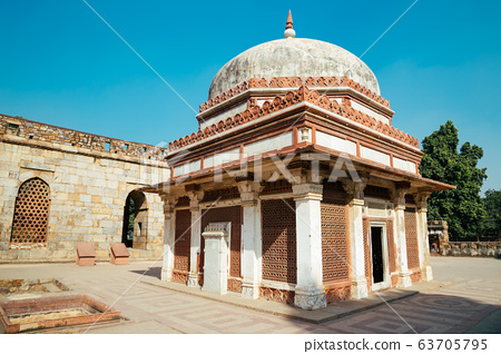 Qutub Minar ancient ruins in Delhi, India 63705795