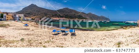Beach in Favignana 63747775