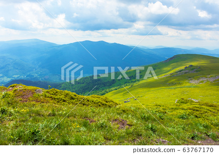 path through mountain range. beautiful alpine 63767170