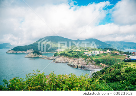 Sea and island view from Sinseondae observation platform in Geoje, Korea 63923918