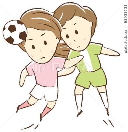 축구를하는 여자 공중전 63933531