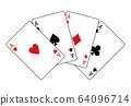 부채 형에 늘어 놓은 트럼프 카드 에이스 4 장 64096714