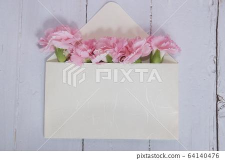 母親節卡片與康乃馨 64140476