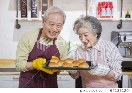 Happy senior life concept. Healthy activities in daily life of senior couple 277 64188120