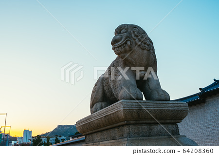 Haetae, mythical unicorn lion at Gyeongbokgung Palace in Seoul, Korea 64208360