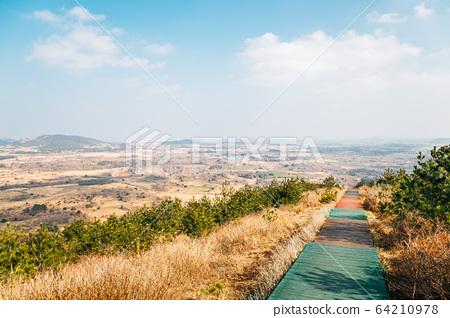 Yeongju Mountain Oreum volcanic cone at autumn in Jeju Island, Korea 64210978