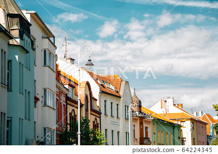 Old town colorful houses in Brno, Czech Republic 64224345